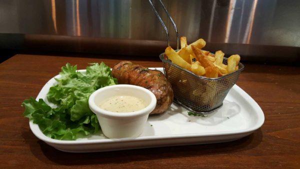 andouillette AAAAA avec frites maison et salade verte