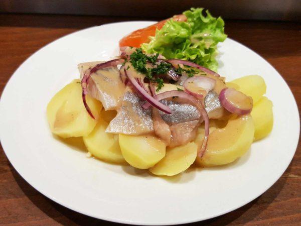 salade tiède de hareng et pommes de terre bis