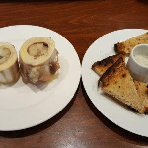Os à moëlle, sel de Guérande, pain chaud
