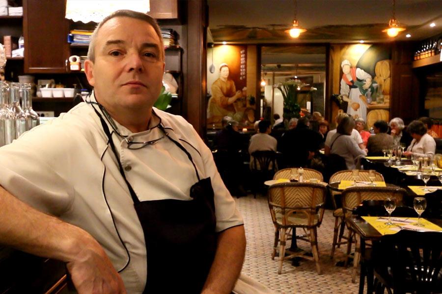Thierry en salle du restaurant