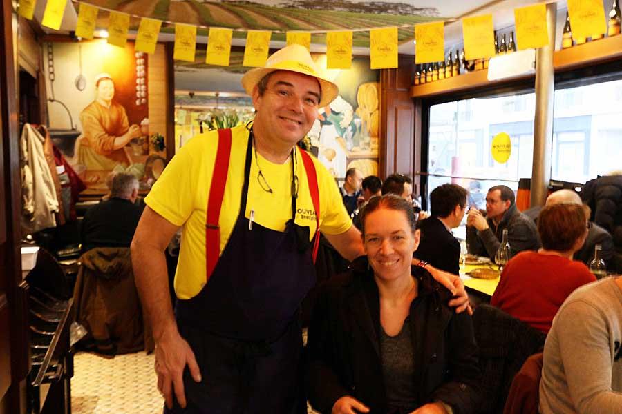 Thierry et cliente Beaujolais nouveau